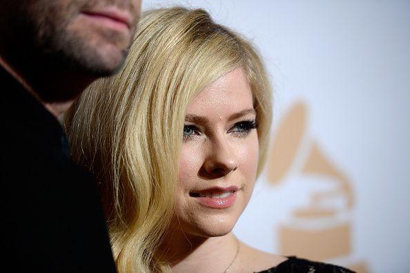Avril Lavigne a revenit in lumina reflectoarelor dupa lupta impotriva bolii Lyme