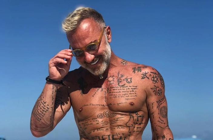 Excentricul miliardar Gianluca, in ipostaze sexy alaturi de o noua tanara