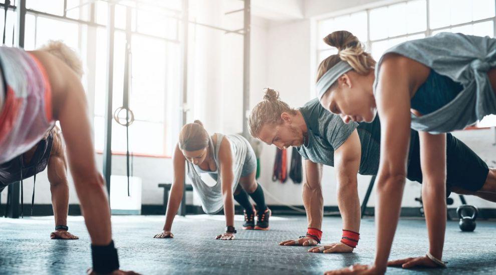 Care sunt cele sase trucuri pe care trebuie sa le faci dupa o sedinta de fitness pentru protejarea echipamentului