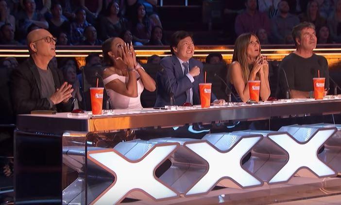 Moment șocant la America's Got Talent! O concurentă a fost scapată de la înalțime în timpul unui exercițiu la trapez