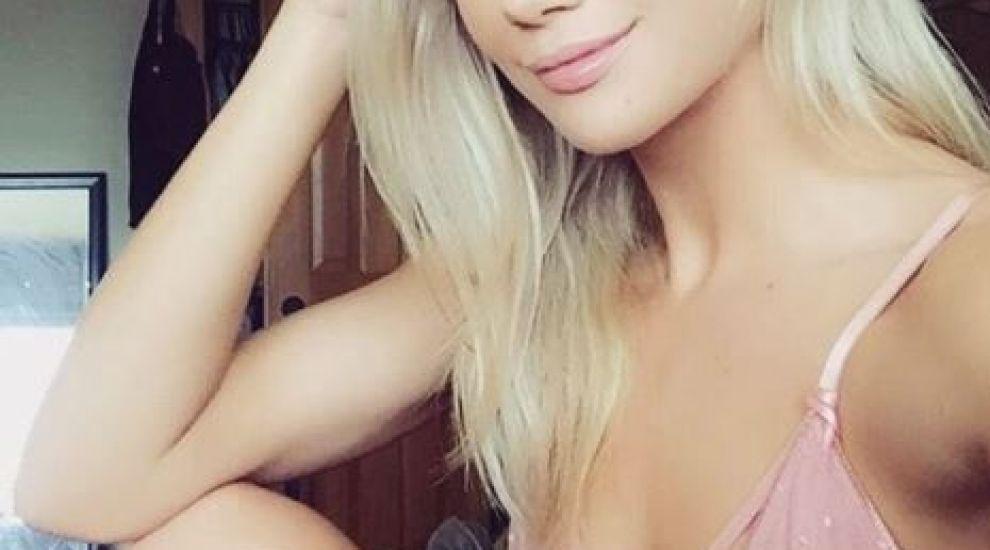 Dismorfia Snapchat: tot mai mulți oameni devin obsedați de perfecțiunea oferită de filtrele de pe rețelele de socializare