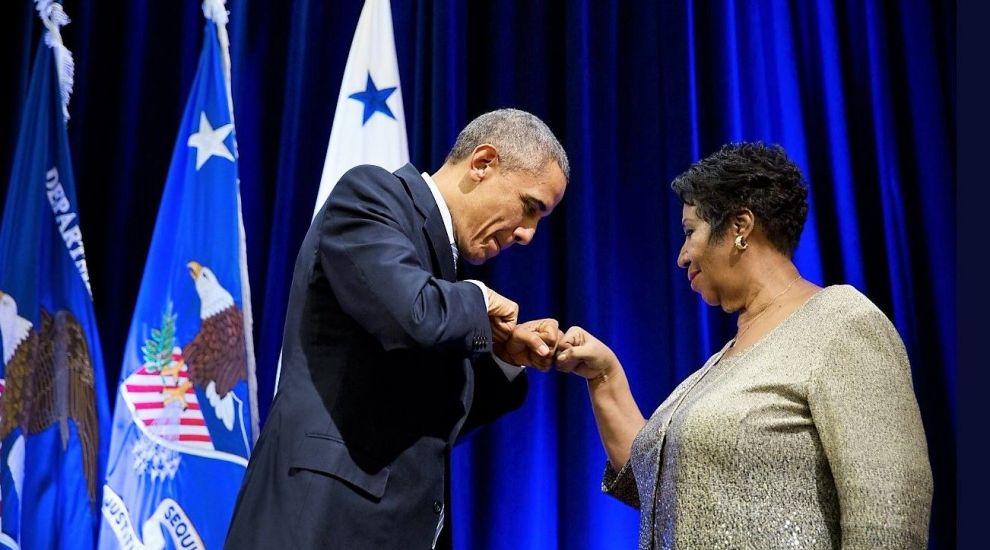 Șapte momente memorabile cu Aretha Franklin, artista completă care l-a făcut pe Obama să plângă