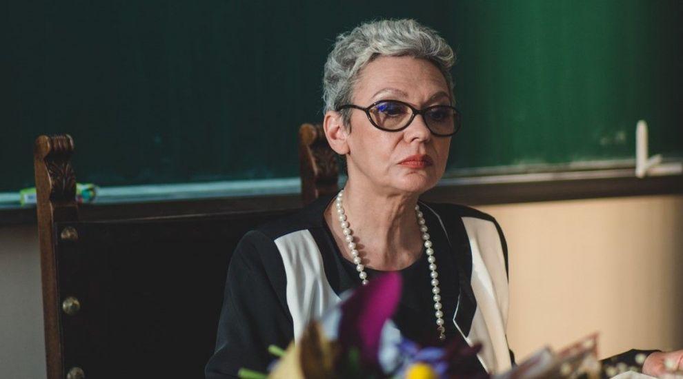 Triplusec, un serial dus cu pluta, începe joi, 13 septembrie, la PRO TV! Oana Pellea, diriginta clasei