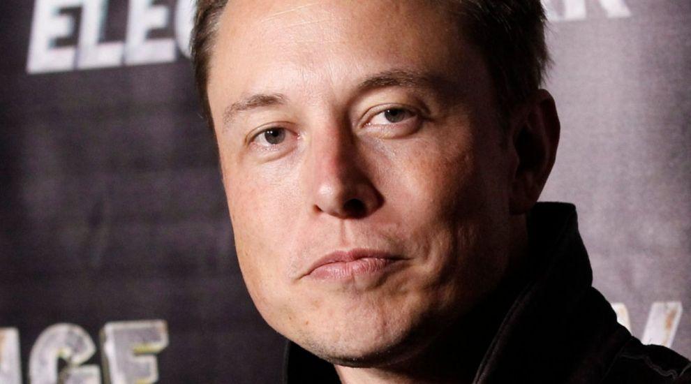 """Elon Musk, CEO Tesla / SpaceX: """"Mi-am alocat 10 ore pe săptămână pentru a căuta această femeie"""""""