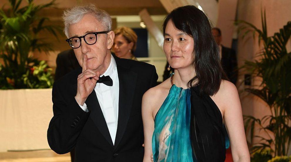 """Soția lui Woody Allen îi ia apărarea acestuia în scandalul sexual: """"Este nedrept ce i s-a întâmplat lui Woody"""""""