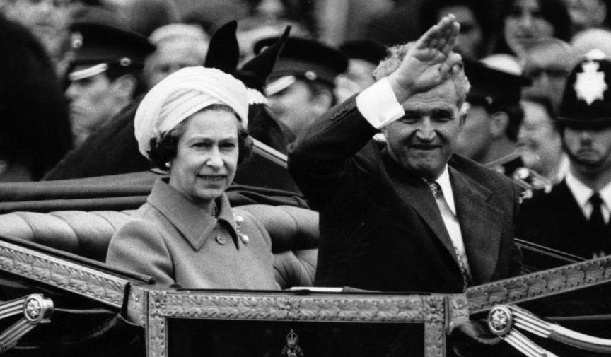 Gestul incredibil al Reginei Elisabeta, când l-a primit pe Ceaușescu la Palatul Buckingham