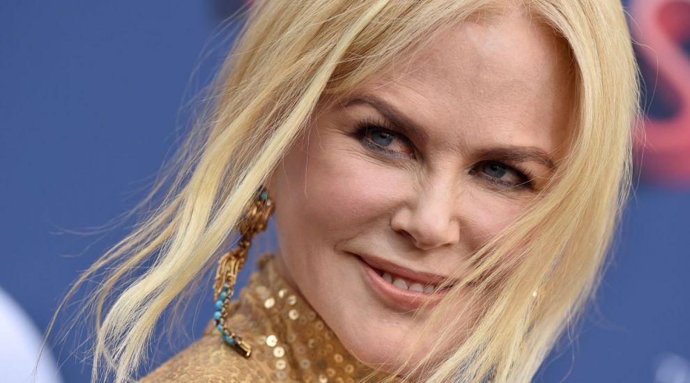 """Nicole Kidman este o sirenă războinică în noul blockbuster """"Aquaman"""". Cum arată în costumul de supereroină"""
