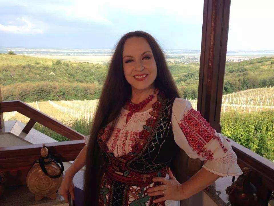 """VIDEO Maria Dragomiroiu, întoarcerea acasă: """"Livada mereu mă liniștea"""""""