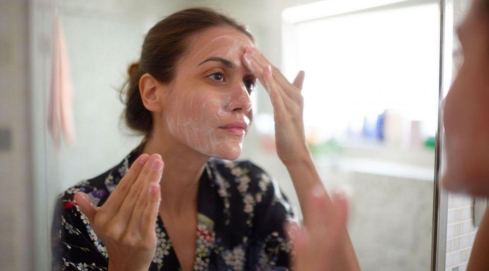 VIDEO Cremele dermato-cosmetice, ideale pentru ten