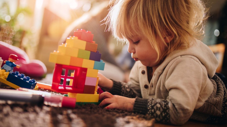 VIDEO Jucăriile, universul copiilor