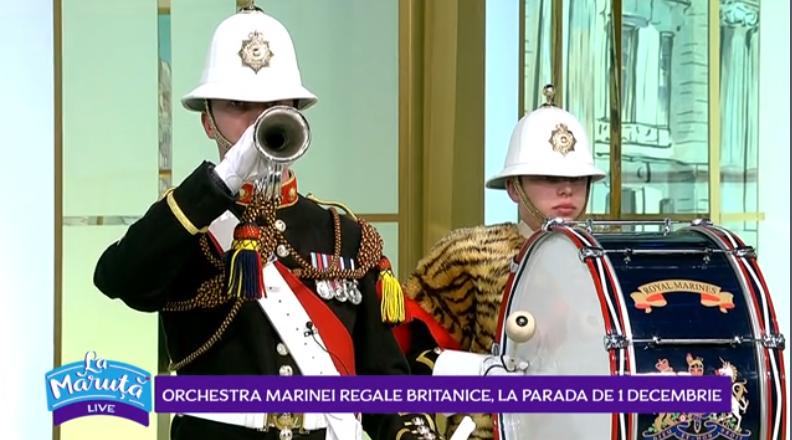 """VIDEO Orchestra Marinei Regale Britanice face show """"La Măruță"""""""