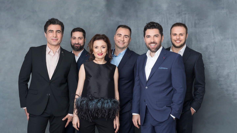 """VIDEO Echipa """"România, te iubesc"""", turneu prin țară pentru a-și cunoaște cititorii"""