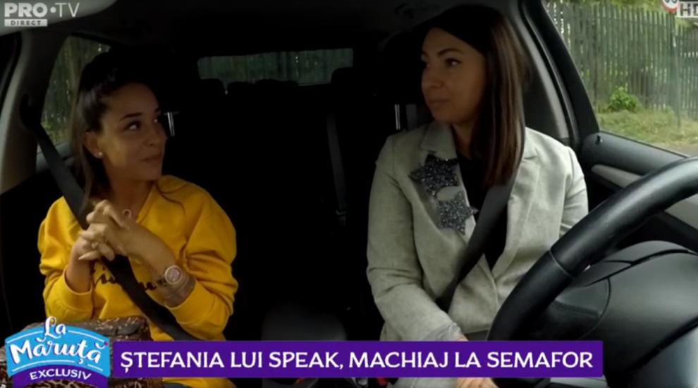 """VIDEO Ștefania lui Speak, machiaj la semafor. """"A durat prea puțin acest semafor!"""""""