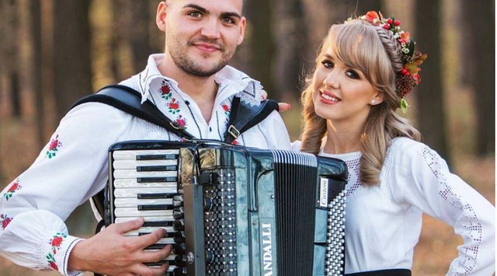 VIDEO Georgiana și Alin Pop trăiesc o poveste de dragoste inedită
