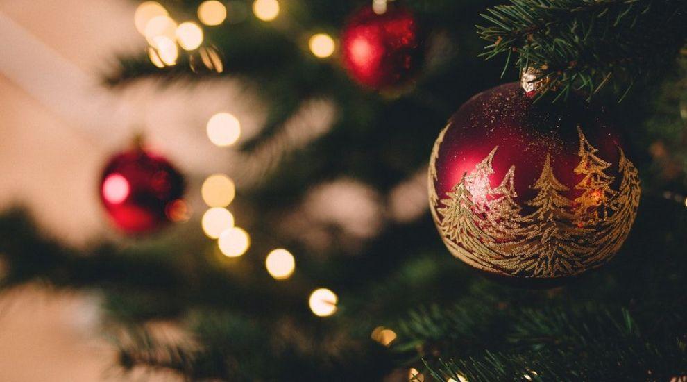 """Luni, la """"Vorbeşte lumea"""", avem parte de """"un ghid de supravieţuire de Crăciun pentru familiile cu copii"""""""