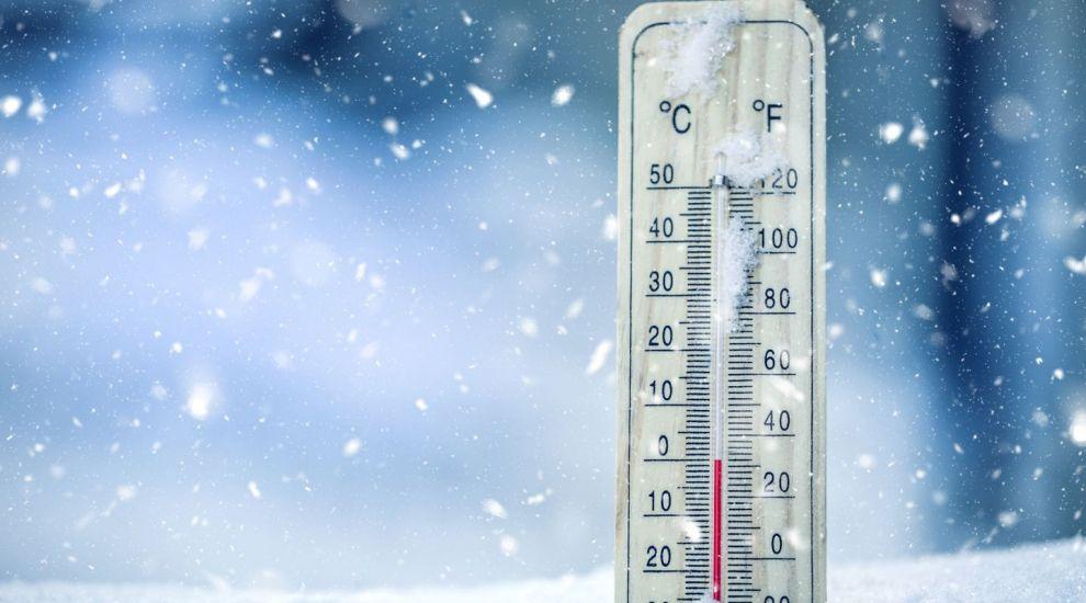 VIDEO Prognoza meteo: se înrăutățește vremea. Temperatura maximă în această seară în țară