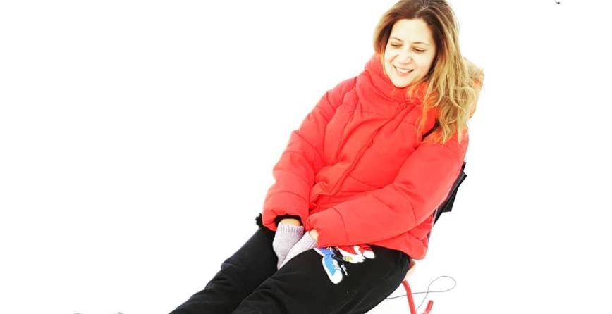 VIDEO Amalia Enache, sărbători la munte, dar la cald!