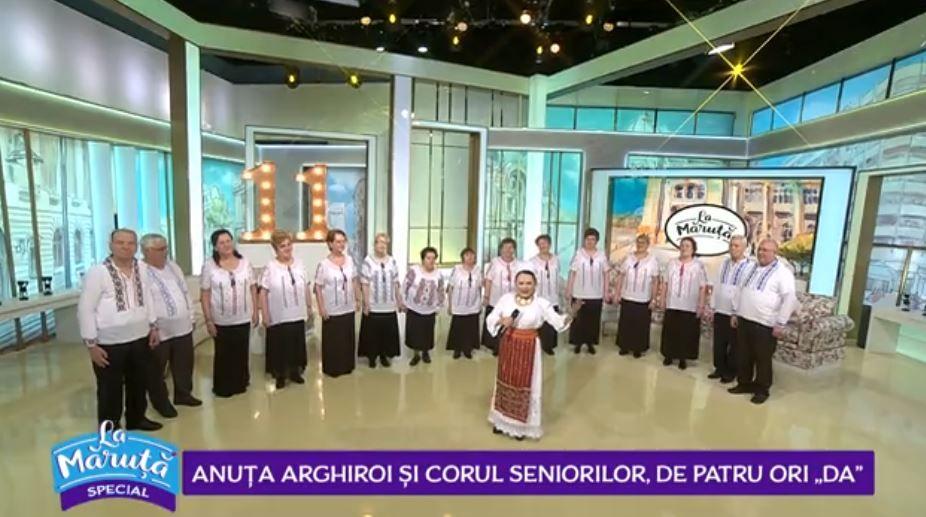 VIDEO Joc și voie bună alături de Anuța Arghiroi și Corul Seniorilor