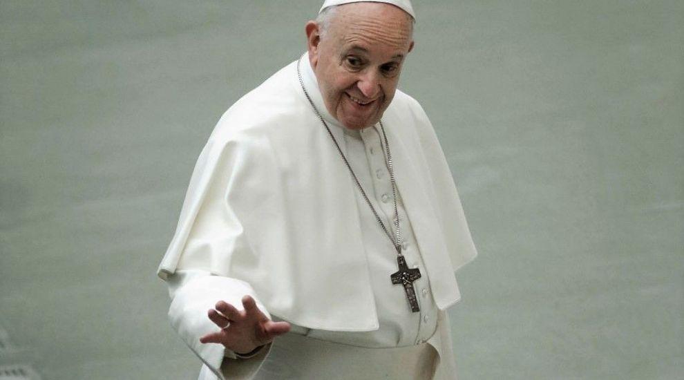 Cine e artistul care l-a bătut pe Papa Francisc la postările pe Instagram. Ce record a stabilit