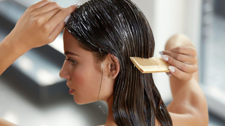 VIDEO Patru pași pentru păr hidratat