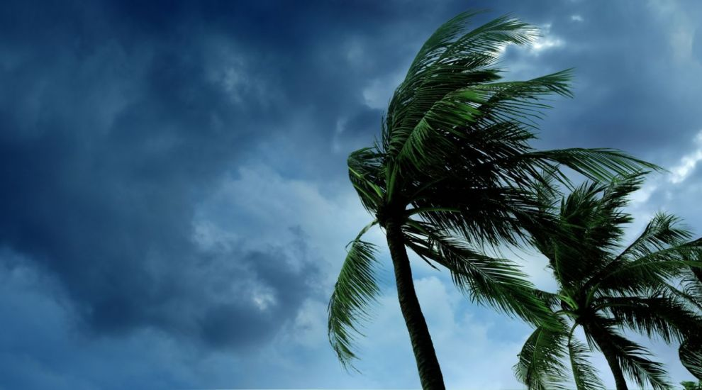 VIDEO Prognoza meteo: vânt puternic