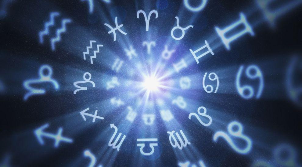 VIDEO Schimbări radicale pentru zodii. Berbecii au curajul de a începe lucruri noi, vezi ce se întâmpla cu Vărsătorii