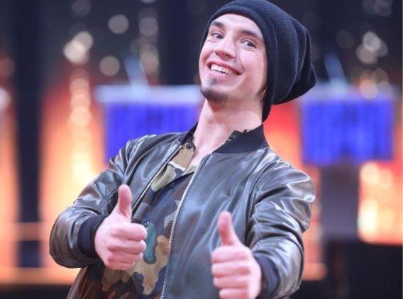 Cântă acum cu mine 2019 - FINALA: Robert Pița