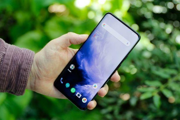 YODA.RO: Cele mai bune telefoane Android pe care le poți cumpăra vara asta