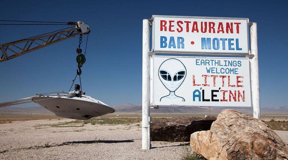 Un milion de americani vor să dea buzna în Zona interzisă Area 51. Ce vor să facă acolo