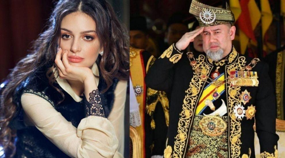 Modelul rus Oksana Voevodina deplânge divorțul de fostul rege al Malaysiei. Ce spune despre familia lor