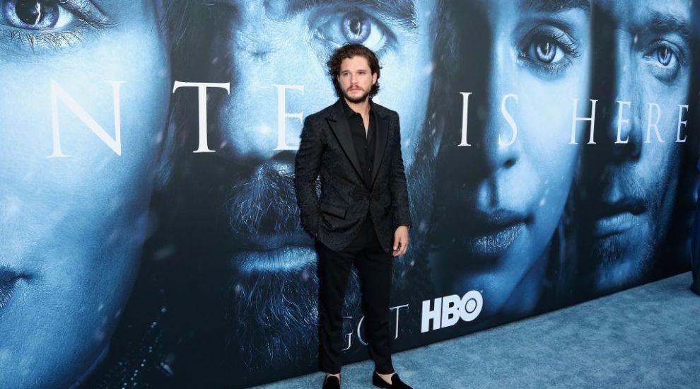 """Kit Harington, venituri colosale. Cât a câștigat actorul datorită serialului """"Game of Thrones"""""""