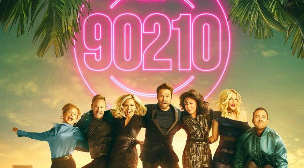 (P) Continuarea celebrului serial Beverly Hills 90210, lider în ziua lansării
