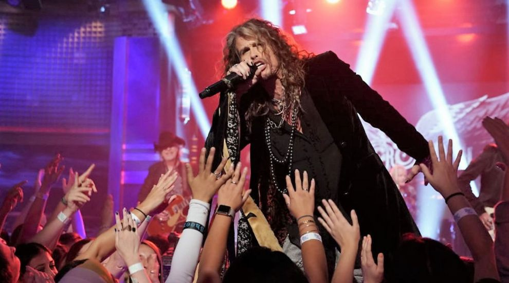Scandal în sânul trupei Aerosmith. Toboșarul Joey Kramer și-a dat în judecată colegii