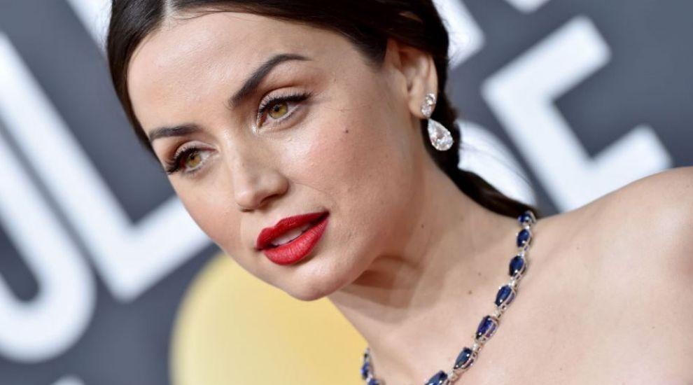 Topul celor mai sexy apariții ale noii Bond Girl! Cum l-a cucerit Ana de Armas pe Ben Affleck