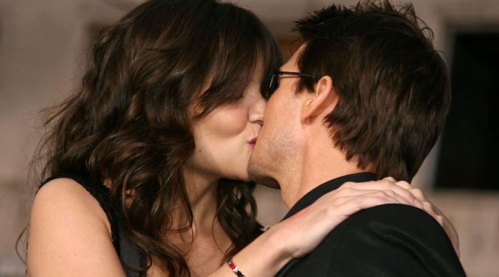 Secretele actorilor de la Hollywood: cine sunt partenerii de scenă care sărută cel mai bine