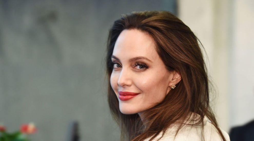 Angelina Jolie, apariție rafinată la Casa Albă. Ce a discutat actrița cu oficialii de la Washington