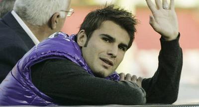 Mutu trage din greu in Spania: Fiorentina, bagata in cantonament!