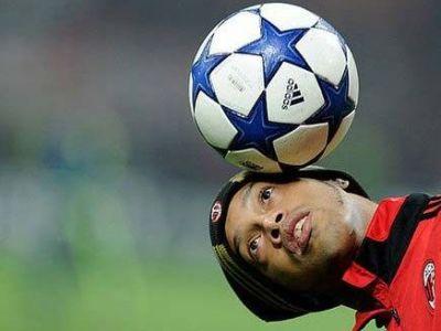 VIDEO! Primele goluri NEBUNE reusite de Ronaldinho la Flamengo... pe FIFA 11!