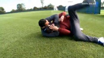VIDEO / Daca ar juca la fel si pe teren! Cum se LAUDA Tevez si David Silva la antrenament: