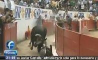 VIDEO: Tragedie in Mexic! Un spectator de la o corida a murit dupa ce a fost calcat in picioare de un taur care a sarit in tribune!
