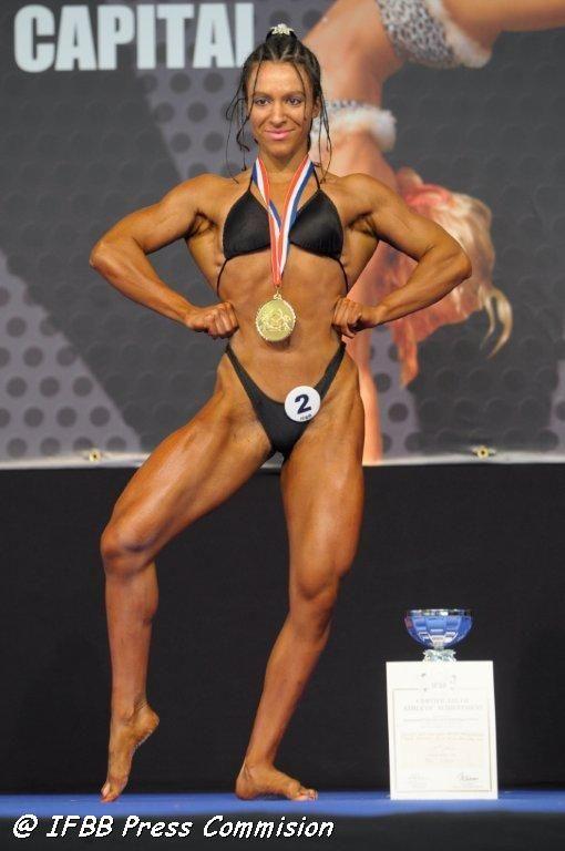 Cea mai puternică femeie din lume. 90% dintre bărbați nu au forța ei. Cum arată