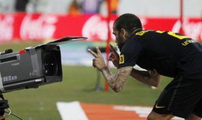Astia sunt toti cuminti! :) Mesajul lui Dani Alves de dupa gol! SUPERFOTO cu cele mai tari momente din Atletico 1-2 Barcelona