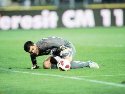 Bornescu a ZBURAT din poarta dupa golul lui Cristescu! Cea mai tare faza la derby-ul INCENDIAR de la Cluj
