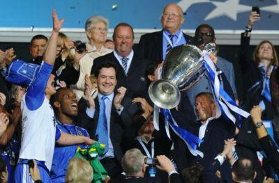 Abramovic a asteptat 1 MILIARD de euro momentul asta! Gigi Becali, pe Allianz Arena! I-a pus dolari in piept lui Platini? Scene memorabile dupa finala: