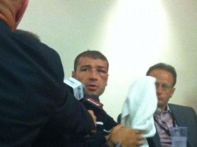 "FOTO / Bute, cu capul plecat la conferinta de presa: ""A avut o strategie buna, m-a surprins, m-a lovit"""