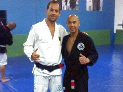 PREMIERA in artele martiale din Romania! Fiul marelui actor George Mihaita este prima centura neagra in Jiu Jitsu Brazilian!