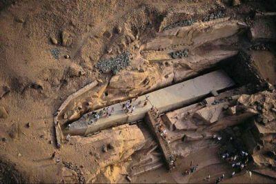 Descoperirea ANULUI in Egipt: Un OBELISC de marimea unui bloc, construit dintr-un material IMPOSIBIL! FOTO