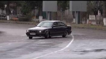 VIDEO Ultima cursa ILEGALA! Teroristul cu BMW socheaza din nou! A ingrozit tot orasul cu o masina din NFS: