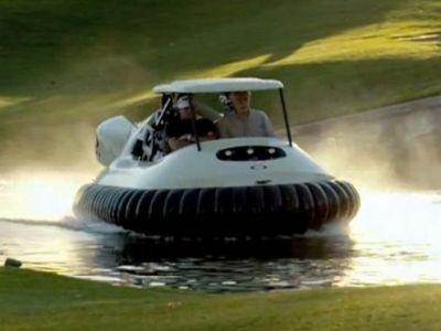 Ultima fita pentru milionari! Prototipul primei masini de golf care merge pe apa: Atrage toate privirile! VIDEO