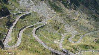 """Top Gear se revanseaza! Cea mai frumoasa descriere pentru Transfagarasan! Ce spun englezii despre """"cel mai frumos drum din lume!"""""""